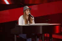Julia Blind Auditions The Voice Kids am Piano